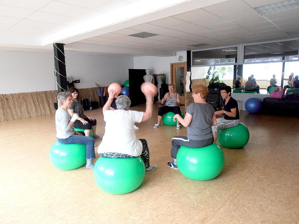 Bewegung und Sport bei Krebs - Trockengymnastik OAK 1