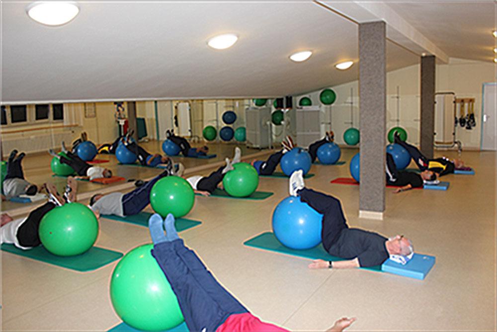 Reha-Sport,-Beckenbodengymnastik-für-Prostatakranke